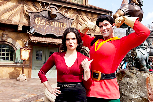 Lana & Gaston at Disney's Фэнтези Land
