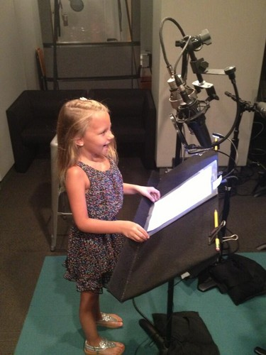 Livvy Stubenrauch voice of young Anna