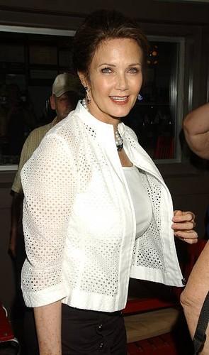 Lynda Carter (2012)