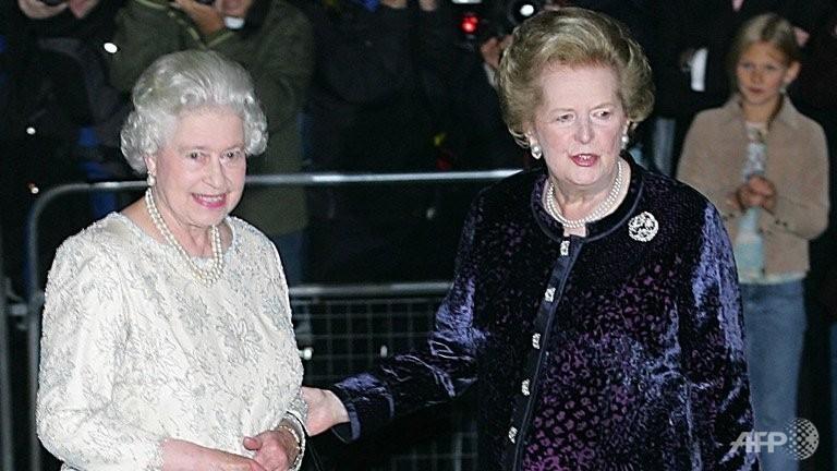 Margaret Thatcher and Queen Elizabeth