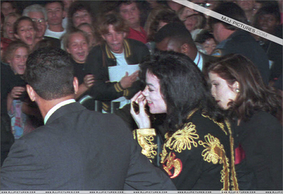 Michael And First Wife, Lisa Marie Presley In Memphis Back In 1994