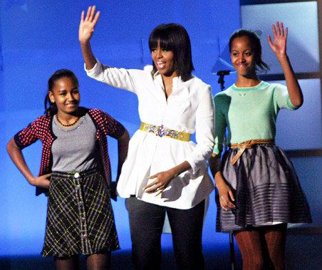 Michelle With Her Daughters, Sasha And Malia