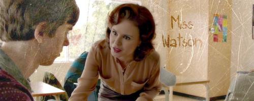 Bates Motel karatasi la kupamba ukuta entitled Miss Watson