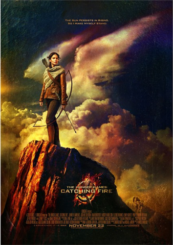 凯特尼斯·伊夫狄恩 壁纸 probably containing a sign and 日本动漫 entitled New Official 'Catching Fire' Poster