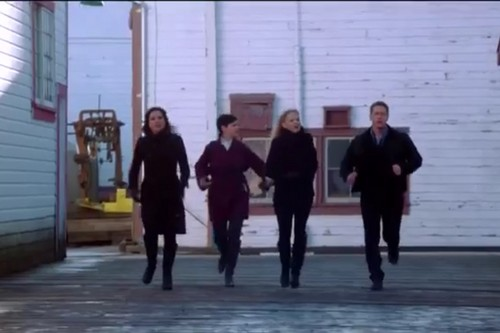 OUAT 2x22-'And Straight On 'Til Morning' (Gina, Snow, Emma & David Teaming Up!) ;DDD *^_^*