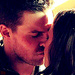 Oliver &amp; Laurel 1x23&lt;3 - arrow-cw icon