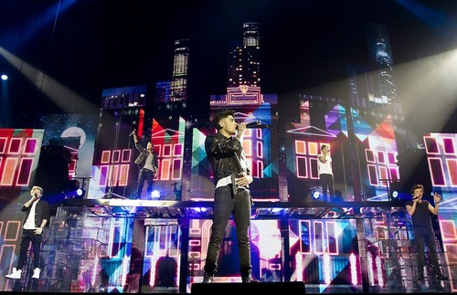 One Direction - TMH Tour
