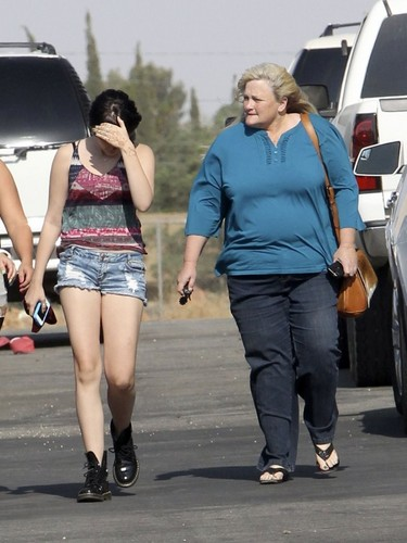 Paris Jackson with her mom Debbie Rowe NEW May 2013 ♥♥