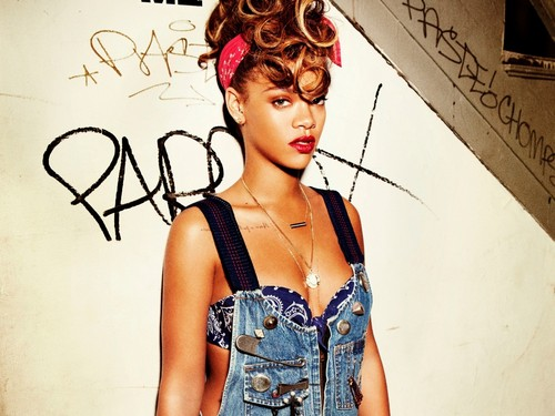 Rihanna Talk That Talk promo