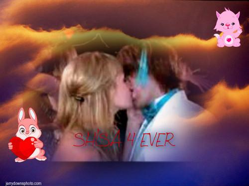 SHANE AND LISA キッス