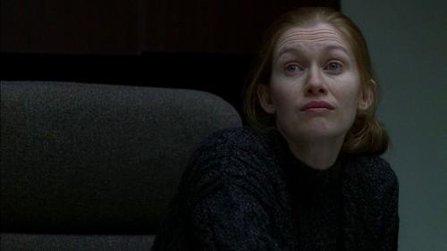 Sarah Linden Screencaps