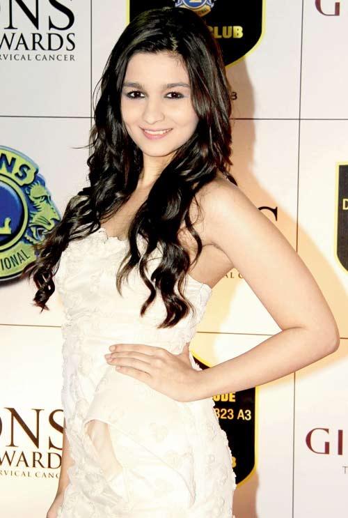 Alia Bhatt - Alia Bhatt Photo (38976035) - Fanpop