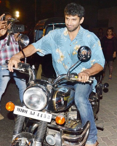 Aashiqui 2 wallpaper containing a motorcycle cop called aashiqui 2
