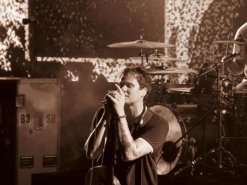 blink-182 live in Melbourne, Australia