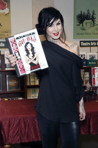 book signing at Barnes & Noble in Philadelphia 2013