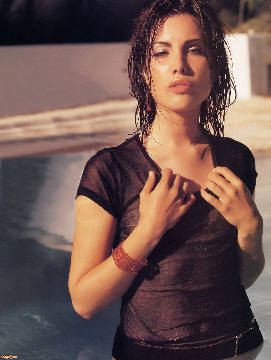 Carly Pope Carly Pope new pictures