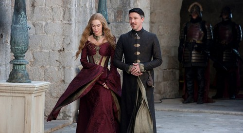 House Lannister wolpeyper possibly with a kirtle and a poloneys called cersei