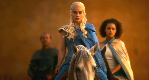 Daenerys Targaryen Hintergrund probably with a well dressed person, a cocktail dress, and a nightgown entitled dany and missandei