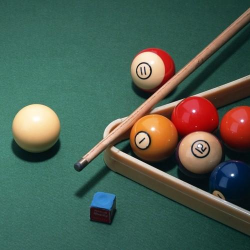king brady and mikayla ♥ Hintergrund containing a pool table, a billiard room, and a billardzimmer, billard-raum entitled pool