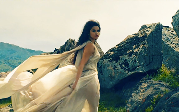 sel<3 come and get it ♥♥♥