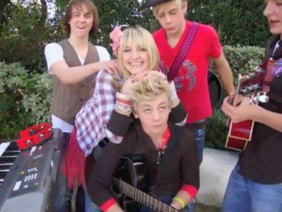 young r5