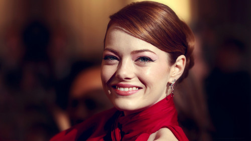Emma Stone wallpaper with a portrait entitled  Emma Stone