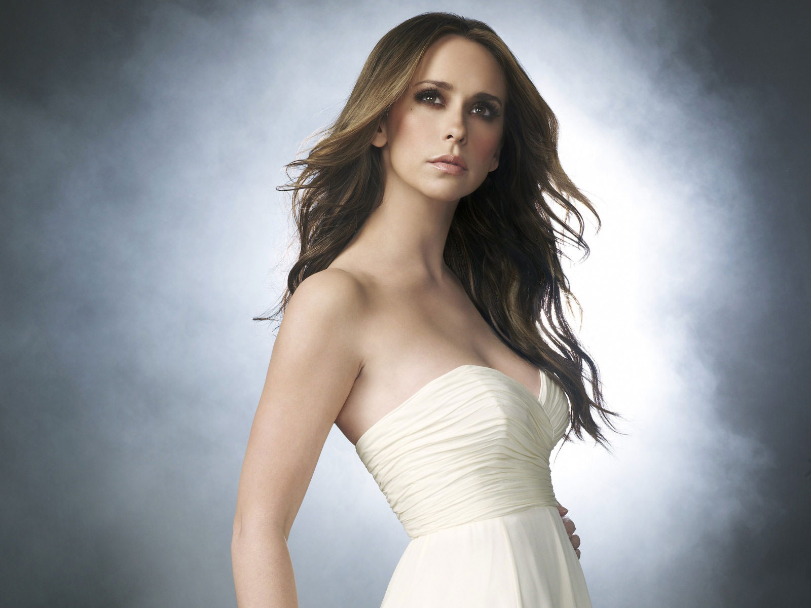 Jennifer Love Hewitt -...