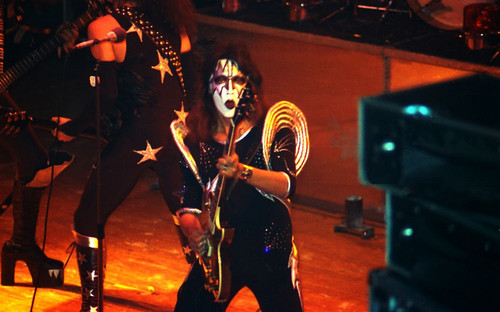 ☆Tommy Thayer 1976 live in Germay☆