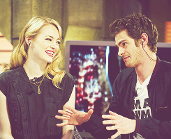 Andrew Гарфилд and Emma Stone Обои with a portrait called » andrew & emma «