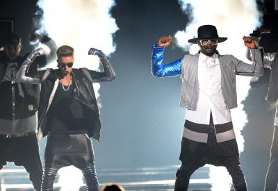 05.19.2013 Billboard Музыка Awards - Peformance