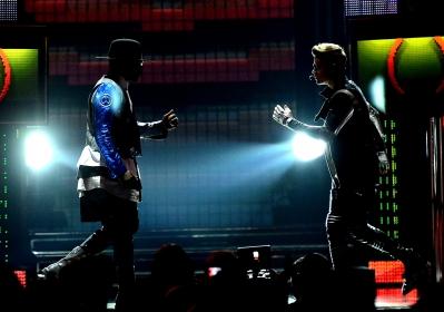 05.19.2013 Billboard musik Awards - Peformance