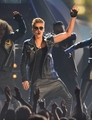 05.19.2013 Billboard Music Awards - Peformance - beliebers photo