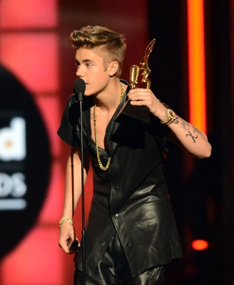 05.19.2013 Billboard música Awards - mostrar