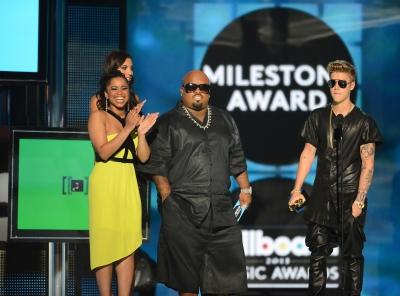 05.19.2013 Billboard 音乐 Awards - 显示