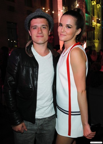 9th Annual Teen Vogue Young Hollywood Party - Inside (September 23, 2011)