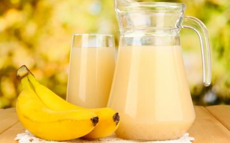 A Yellow matunda called banana, ndizi