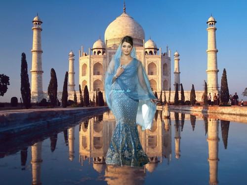 Aishwarya Rai - Taj Mahal