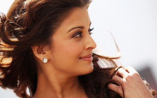Aishwarya Rai wallpaper with a portrait called Aishwarya Rai