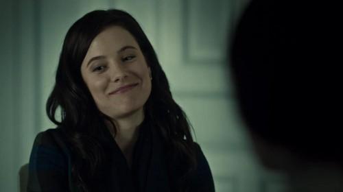 Alana Bloom Screencaps 1x03