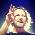 Awesome pics - eddie-vedder photo