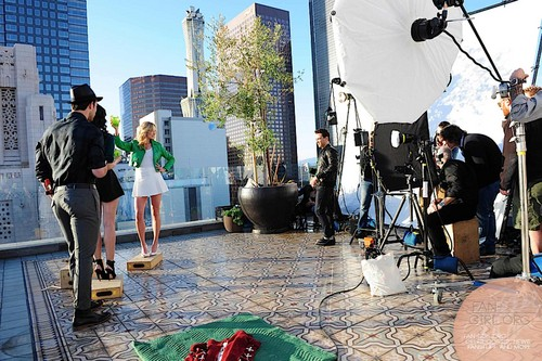 बी टी एस of the 2013 Midori Ad Campaign photoshoot featuring Candice [HQ].