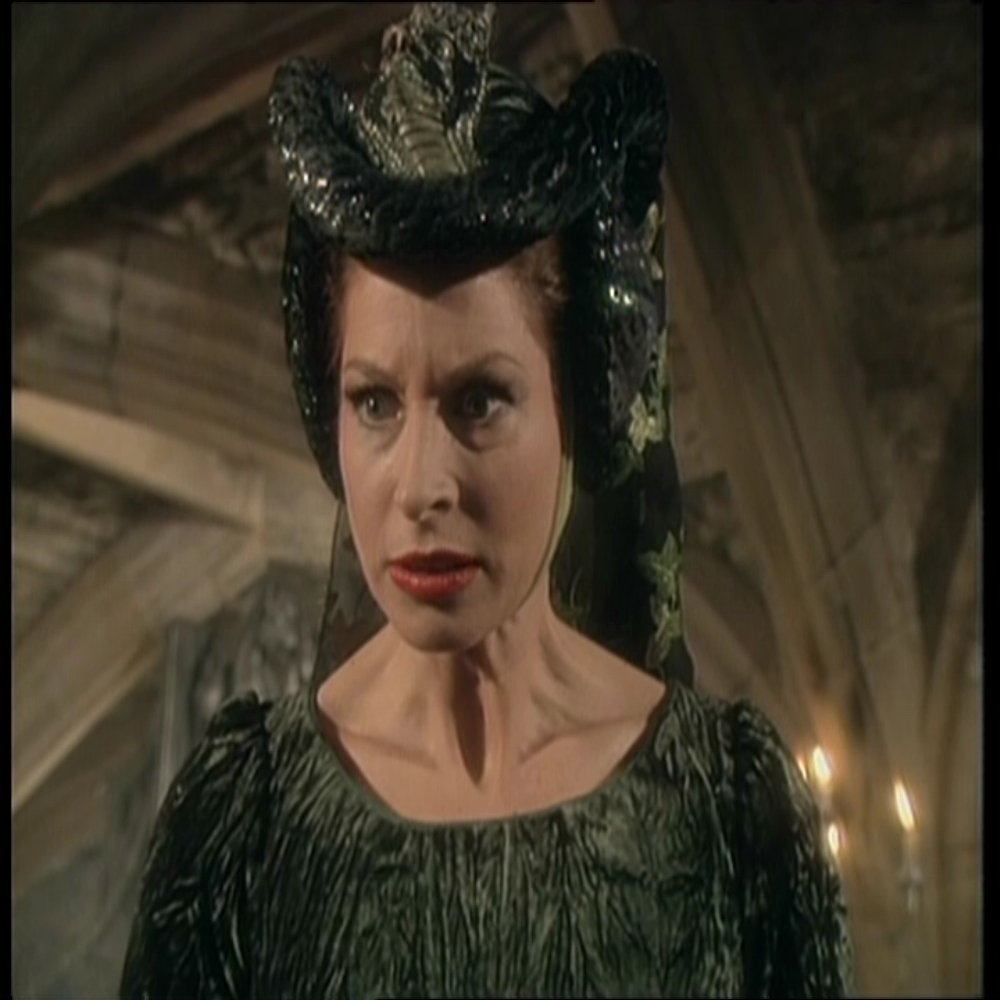 The silver chair bbc - Barbara Kellermann As The Green Lady In The Silver Chair Bbc Tv Show Jadis Reyna Of Narnia Litrato 34560631 Fanpop