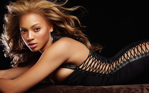 Beyonce wallpaper possibly with attractiveness, a leotard, and a bustier titled Beyonce Knowles