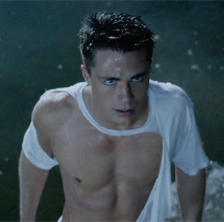 Colton Haynes wallpaper possibly containing a hunk called Colton Haynes♥