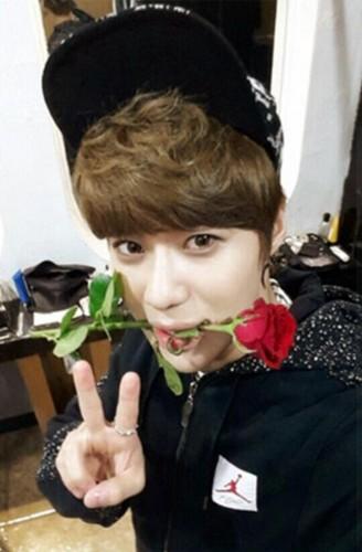 Cute Taemin Selca