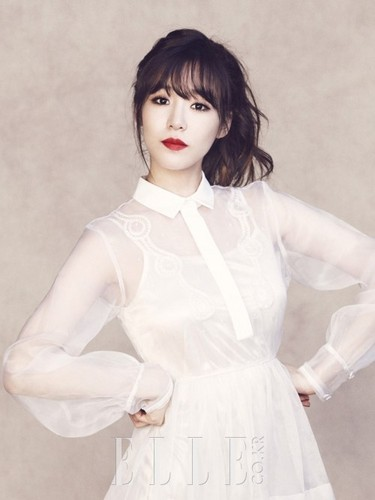 Tiffany Hwang fondo de pantalla probably containing a nightwear entitled ELLE KOREA (2013 June issue) ~ SNSD Tiffany