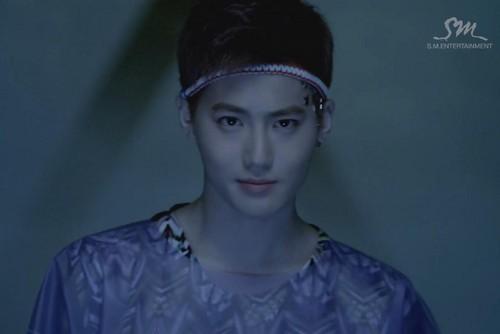 EXO - lobo MV teaser
