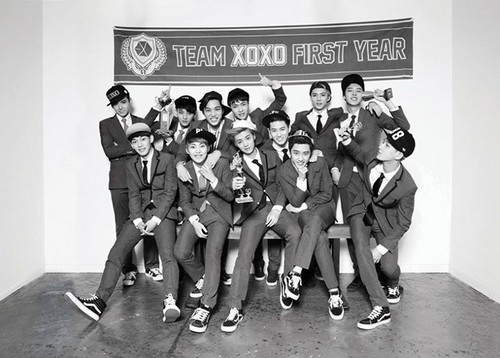 EXO-K wallpaper with a green beret, regimentals, and battle dress entitled EXO 'XOXO' teaser