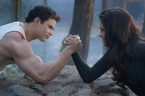 Emmett and Bella Cullen