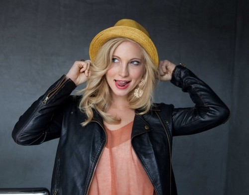 Full outtakes from Candice's 'LA Teen Festival' photoshoot [2011]